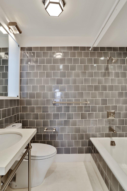 10_35PierrepontStreet_8a_8_Bathroom_HiRes.jpg
