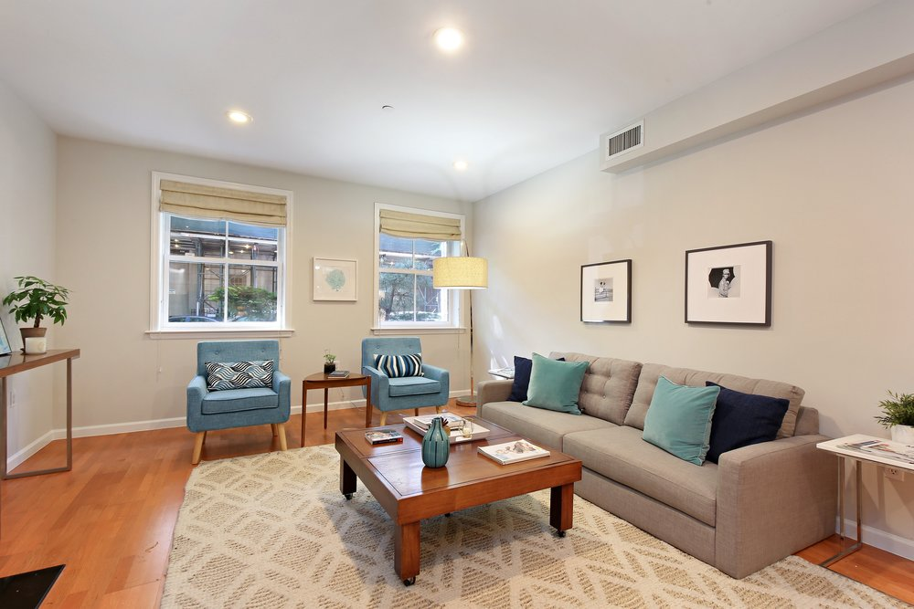 02_35SouthElliottPlace_A_165_LivingRoom_HiRes.jpg