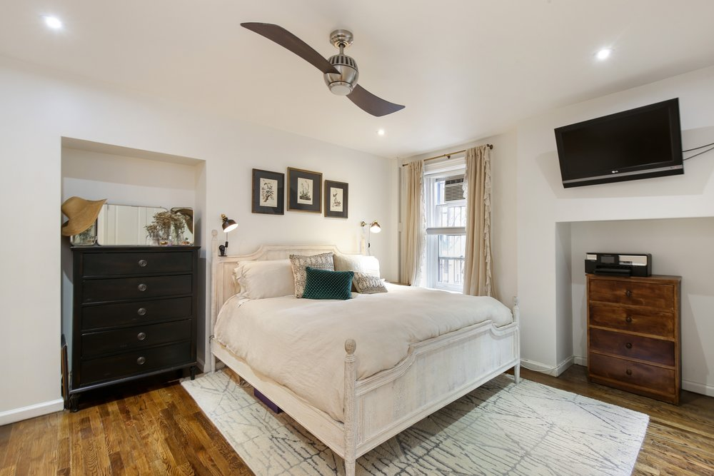 05_88thAvenue_6_14_MasterBedroom_HiRes.jpg