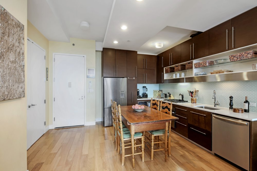 4_96RockwellPlace_10A_177_Kitchen_HiRes.jpg