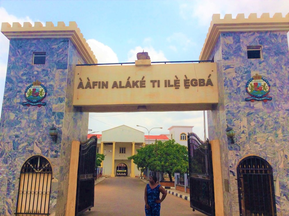ALAKE OF EGBALAND'S PALACE    The Ajala Bug