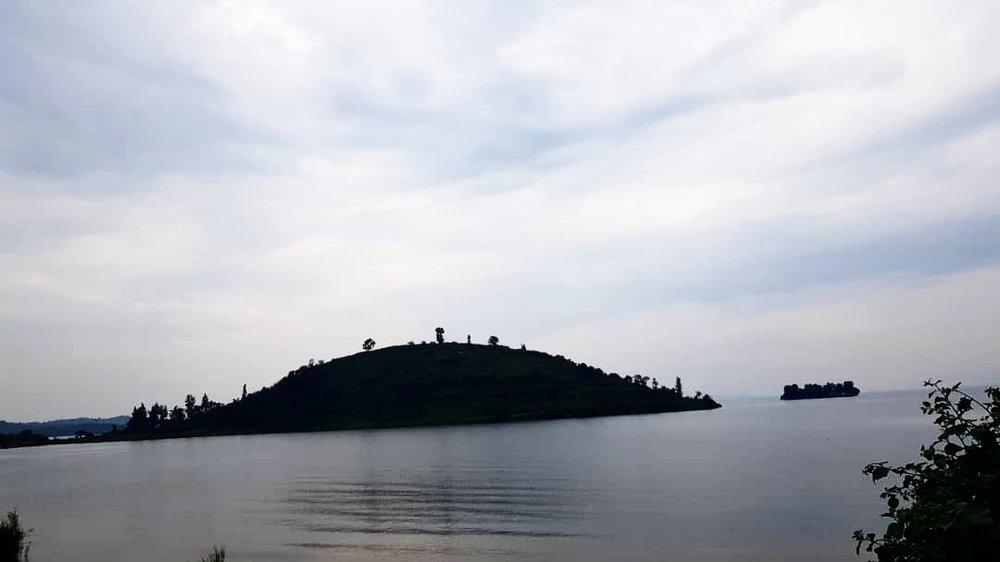 Lake Kivu Gisenyi | The Ajala Bug