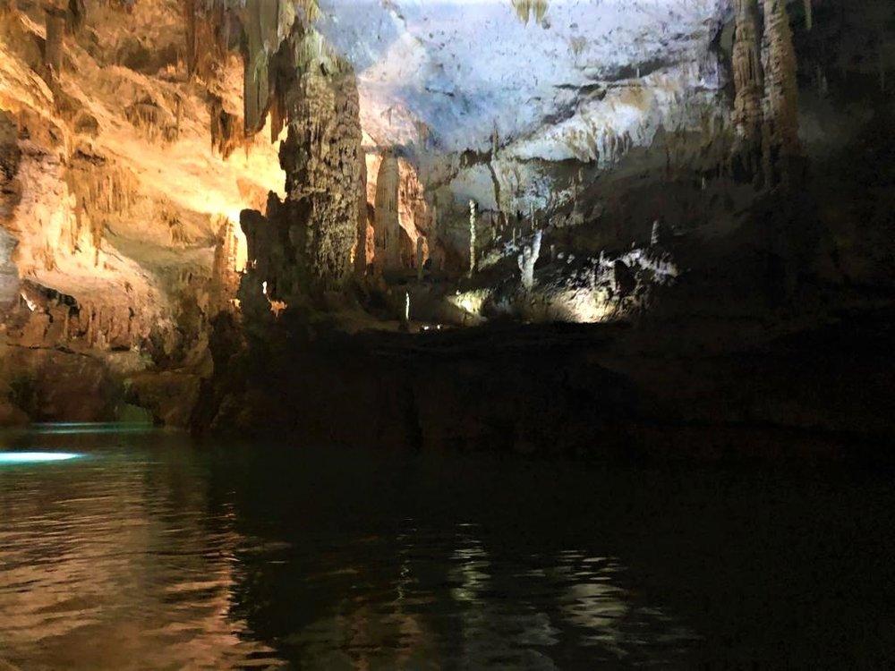 Jeito Grotto / Travel KOTRroom