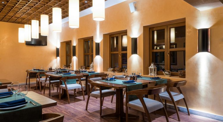 Latest-Trends-in-Restaurant-Lighting-750x410.jpg