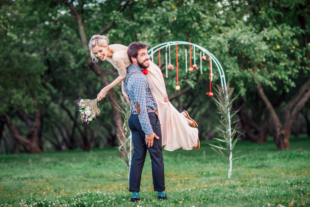 Funny Wedding Vows: 6 Ways to Balance Humor with Romance - Vow ...