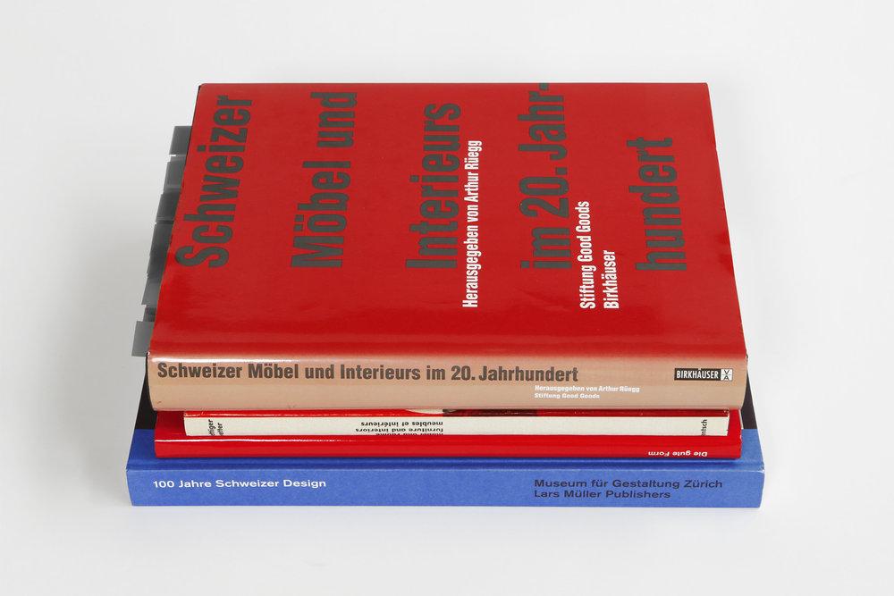 Diverse Bücher, zum Beispiel: Arthur Rüegg, Schweizer Möbel und Interieurs im 20. Jahrhundert, Birkhäuser Verlag, 2002