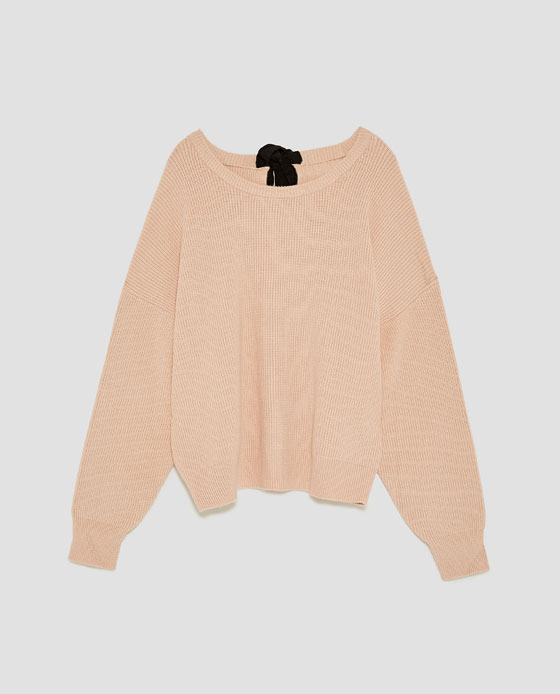 sweaterwithbow.jpg