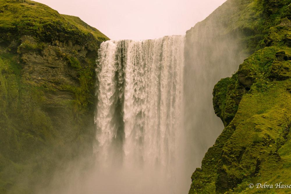 Skógafoss  Gönguleið um Fimmvörðuháls, Iceland