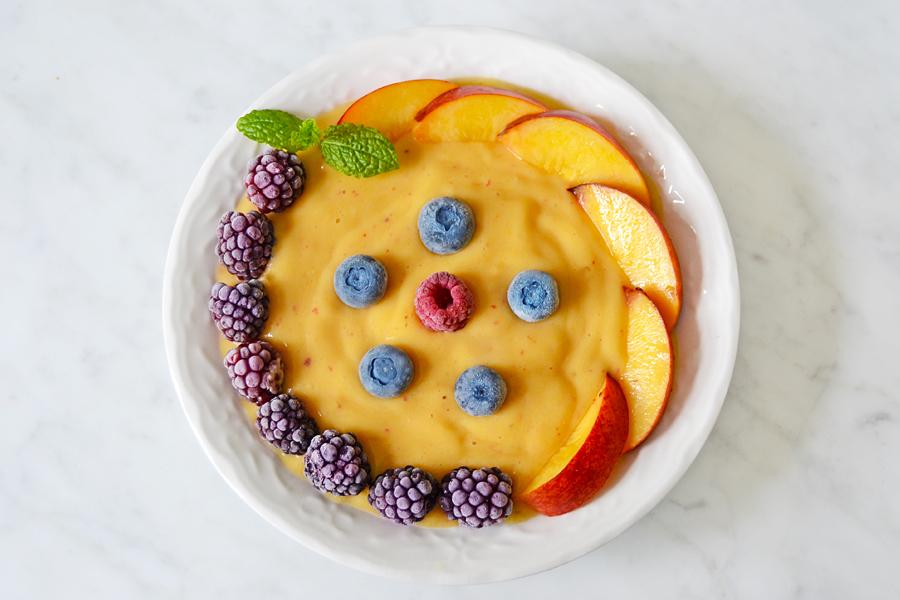bowl-persika-shakeforshape1.jpg