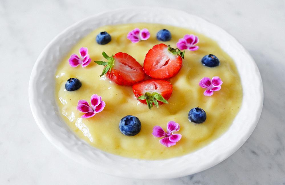 gul-smoothiebowl_blogg3.jpg