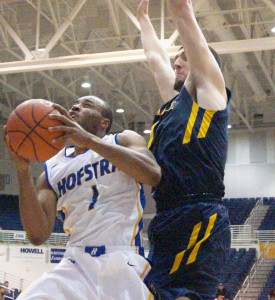 Mike Rudin/Hofstra Chronicle Juan'ya Green tries to get around La Salle's defense in attempt to make a layup.