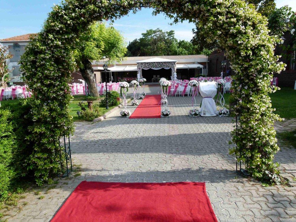 kır-düğünü-mekanı-le-larc-de-mariage-14.jpg