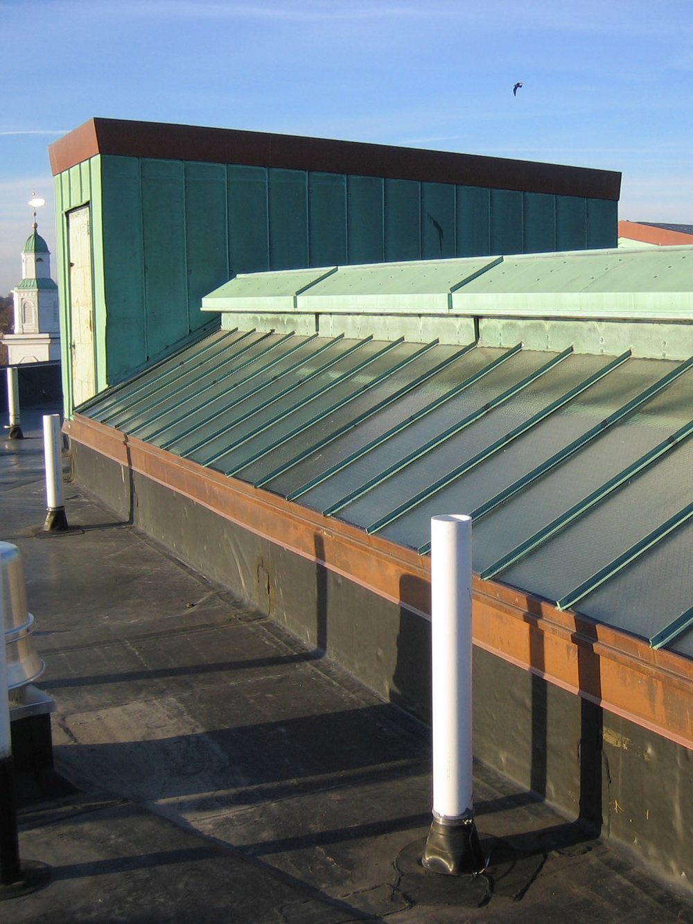 green panels roof ext pic.jpg