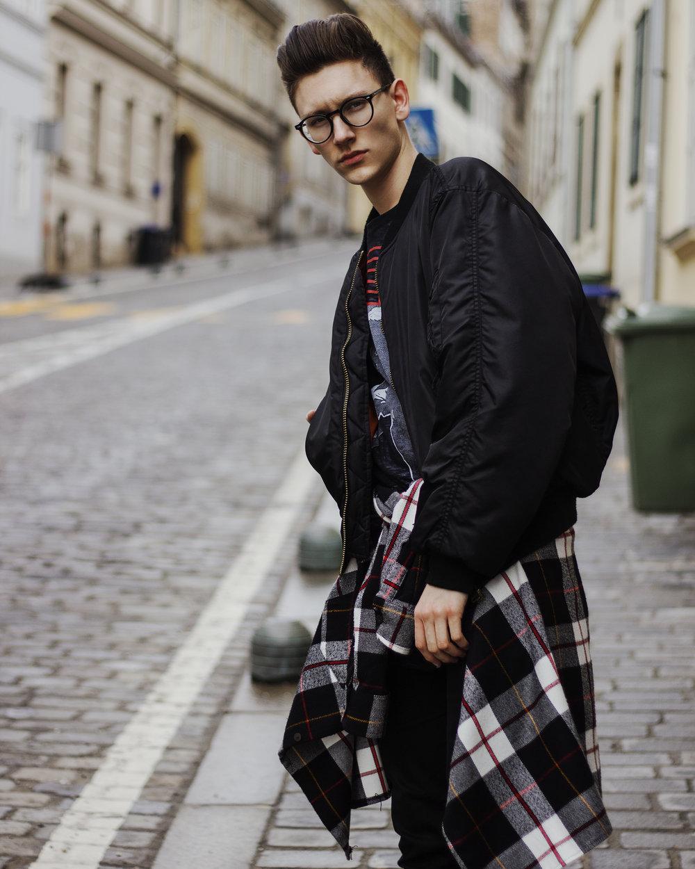 expensive-reality-luka-lajic-croatia-mens-fashion-yeezy-2018-blogger (2).jpg