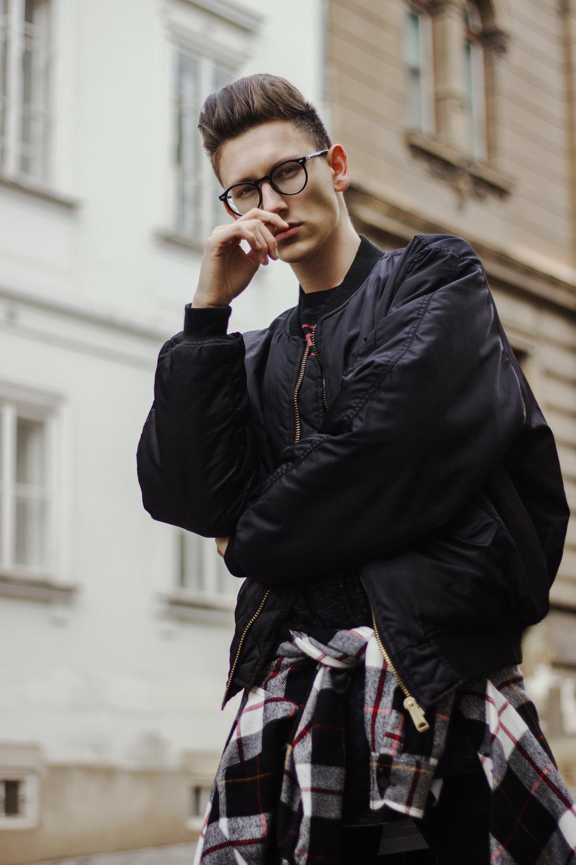 expensive-reality-luka-lajic-croatia-mens-fashion-yeezy-2018-blogger (4).jpg