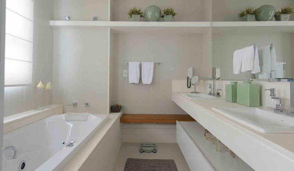 Apartamento Vila Nova Conceição  |  Banheiro do casal