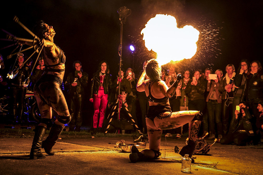 Fire dancers, Petrolettes Festival | Neuhardenberg, Germany