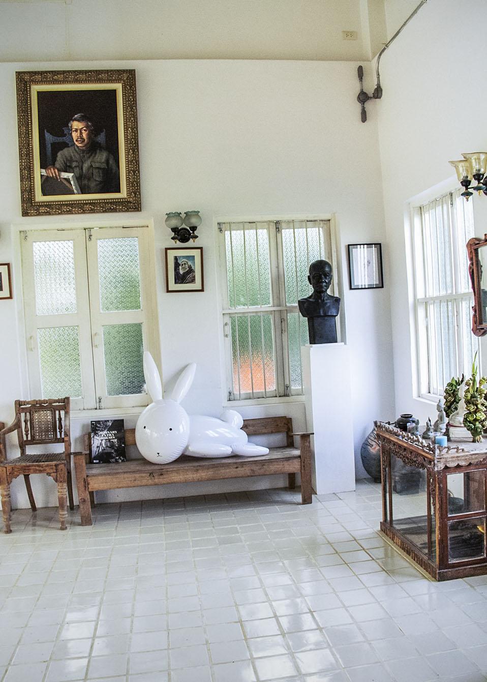 Thai artist   Supachai Satsara's home | Chiang Mai, Thailand