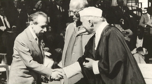 Michal Kalecki with India's first Prime Minister Jawaharlal Nehru
