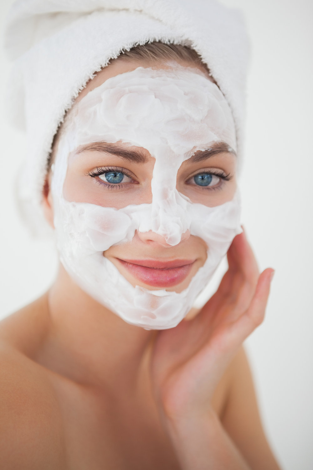75 min | $175.00 - Reverse sun damage with this ultra skin lightening facial. Sun damage and hyperpigmentation are minimized and broken down using Vitamin C, Licorice Root, and Kojic Acid. To top things off, our crown jewel, The Heal & Protect Chemical Peel with Hydroquinone - leaving your skin even, bright and hydrated.Deep Cleanse, Exfoliation, Vitamin C Mask, Heal & Protect Chemical Peel and Dewy Lip Treatment.- also including facial, neck & shoulder massage -(Hydroquinone free peel is also available)