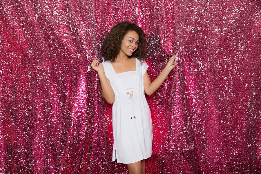 Pink-White-Sequin-Backdrop-25_2048x2048-min.JPG