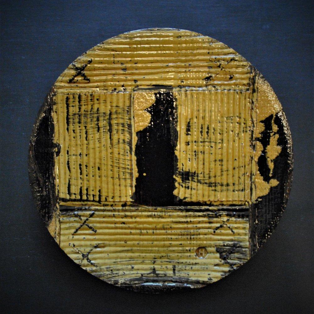 Box print slipware plate (2018) Dave Harper