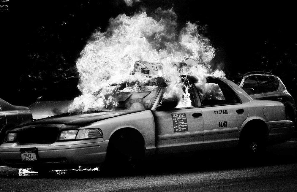 170807_NYC_Taxi_Fire_001.jpg