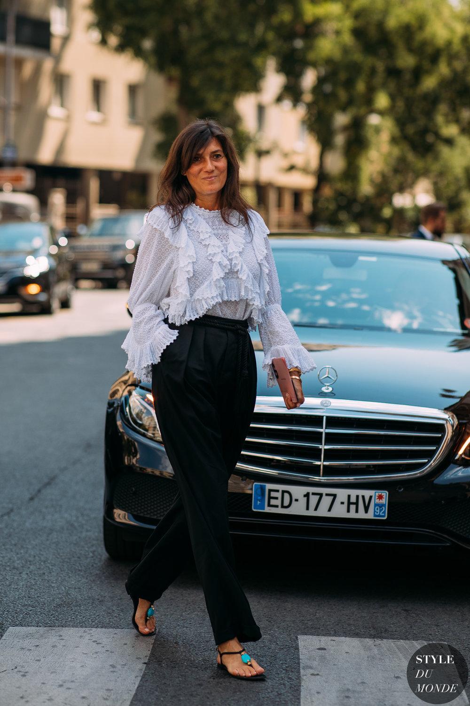 Emmanuelle-Alt-by-STYLEDUMONDE-Street-Style-Fashion-Photography20180701_48A3661.jpg