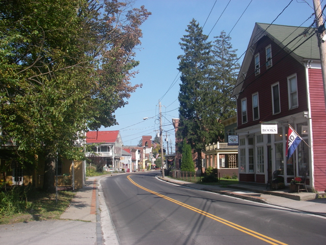 The quaint town of Rosendale is within easy walking distance.