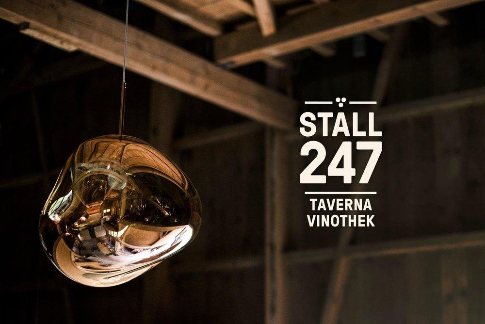 Golden_lamp_Logo_Stall247.jpg
