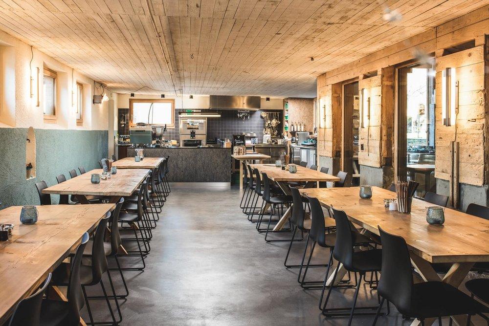 Taverna_wide.jpg