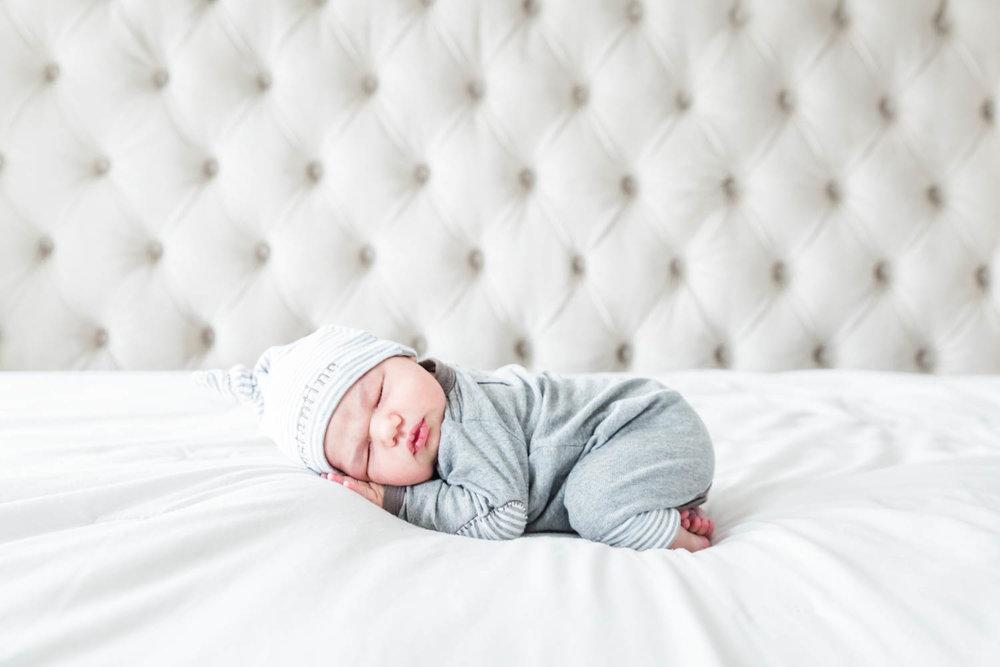 best-newborn-photographer-chicago-88.jpg