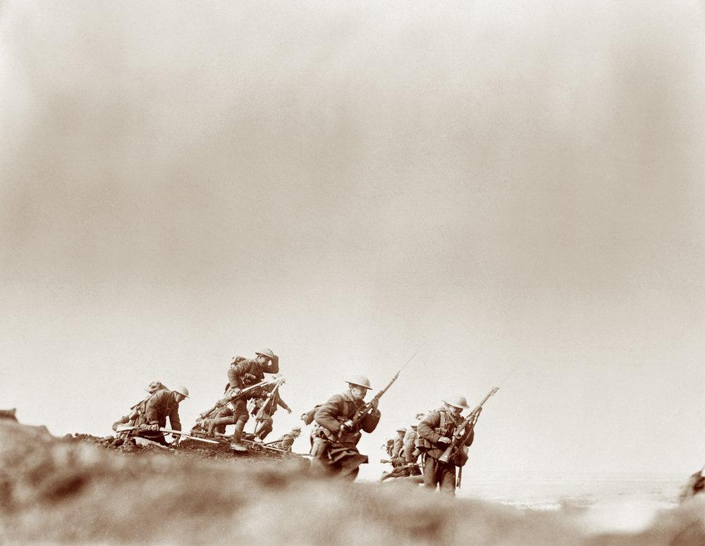 En 1916, des batailles épiques se déroulent à Verdun et sur la Somme où les Canadiens remportent des victoires impressionnantes.