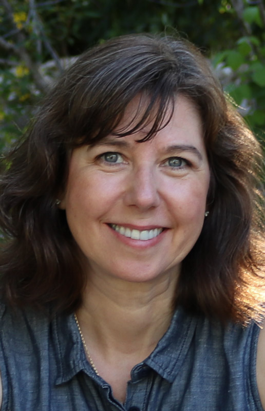 Julia Bates - Founder & CEO