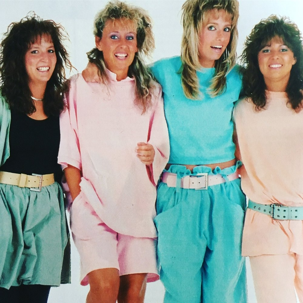 Au Coton. Seventeen Magazine. April 1988. I distinctly remember this era in junior high where coordinated pastels, baggy clothes, big hair, slouchy socks, and frosted lipstick was the rage.