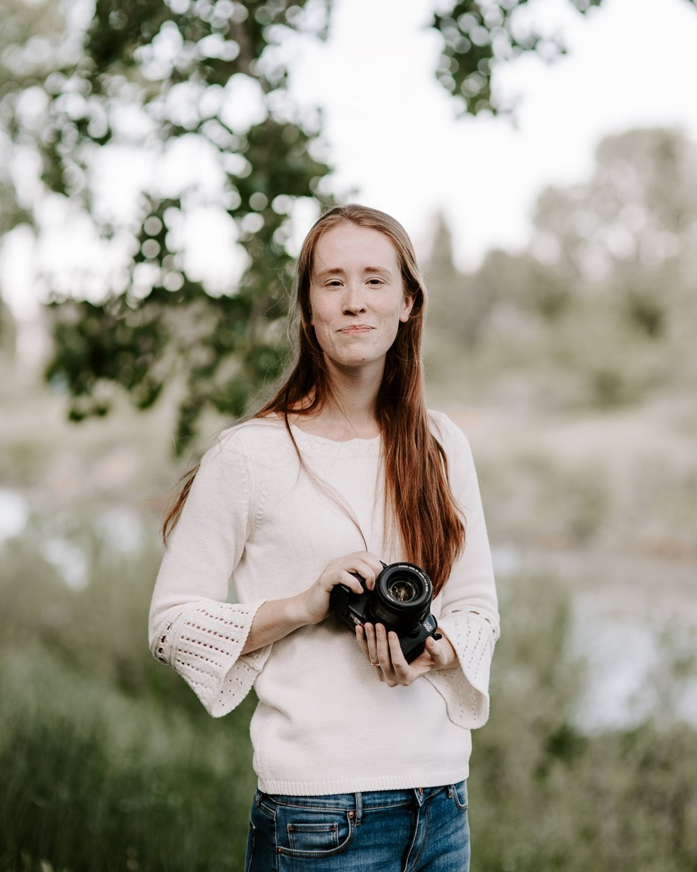 Hi I'm Georgia! - I am an Anthropologist who became a wedding, elopement, and lifestyle photographer based in beautiful Colorado! Because of my background in anthropology, I love traveling and exploring new parts of the world. One of my favorite places to be is on the road or in the air!