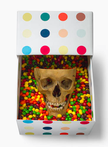 HIRST FAMILY XMAS (DETAIL: SKULL AND CANDY)