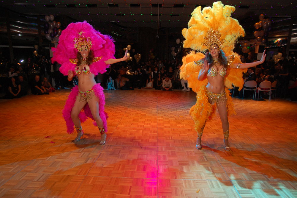 04-21-07 LatinoSuave Carnival  0121.JPG
