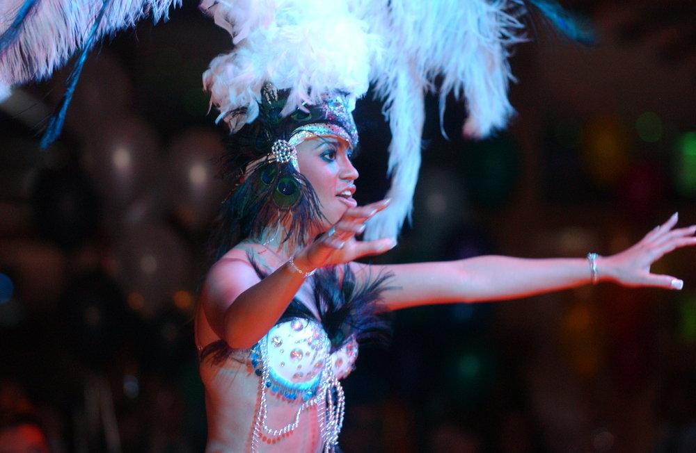 04-21-07 LatinoSuave Carnival  0153.JPG