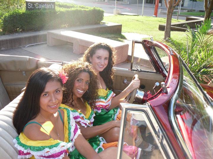 Vicky Carnaval.jpg