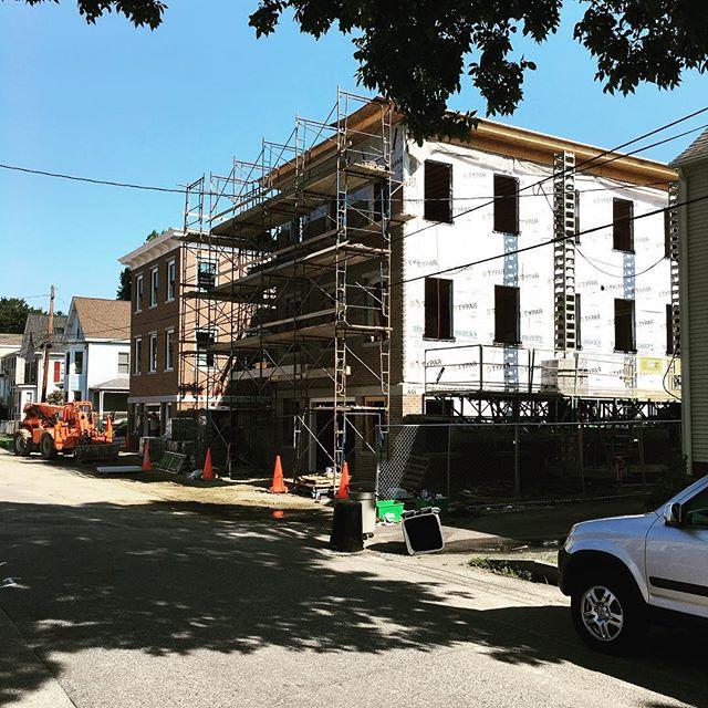 211 Union St., progress