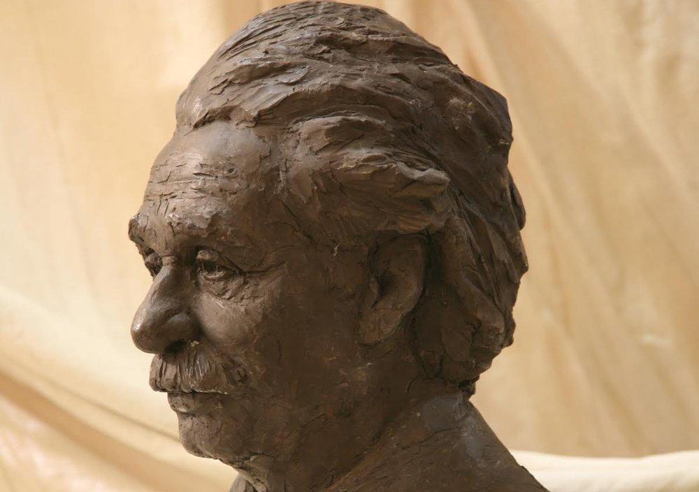 Weiqing Yuan, Einstein Portrait New York School of the Arts.jpg