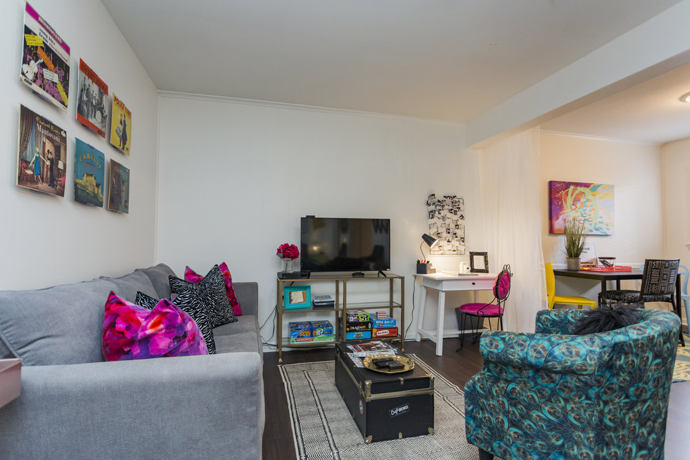 10. Living Room.jpg