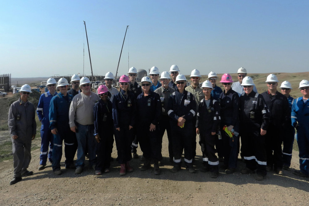 "Tour on Live Frac Site    Joint US-EU Conference ""Hydraulic Fracturing - Bakken Safety Tour 2016"""