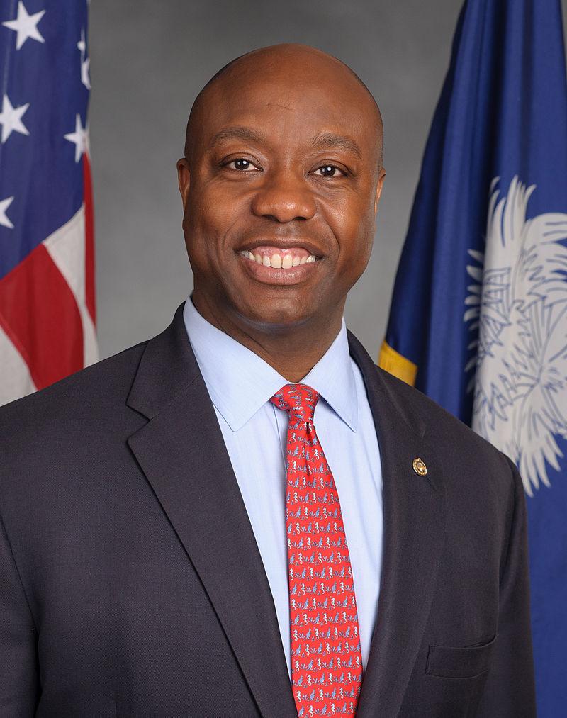 Tim_Scott,_official_portrait,_113th_Congress.jpg