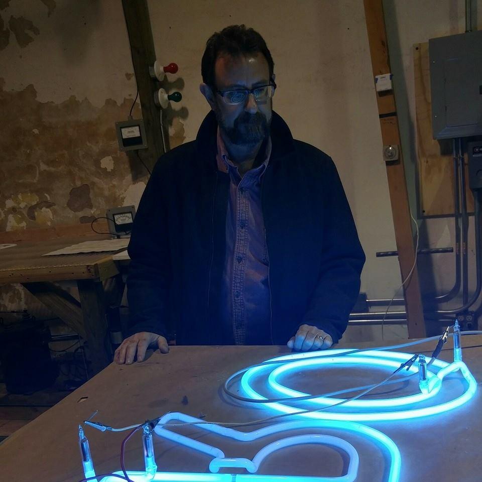 randy-neon-1.jpg