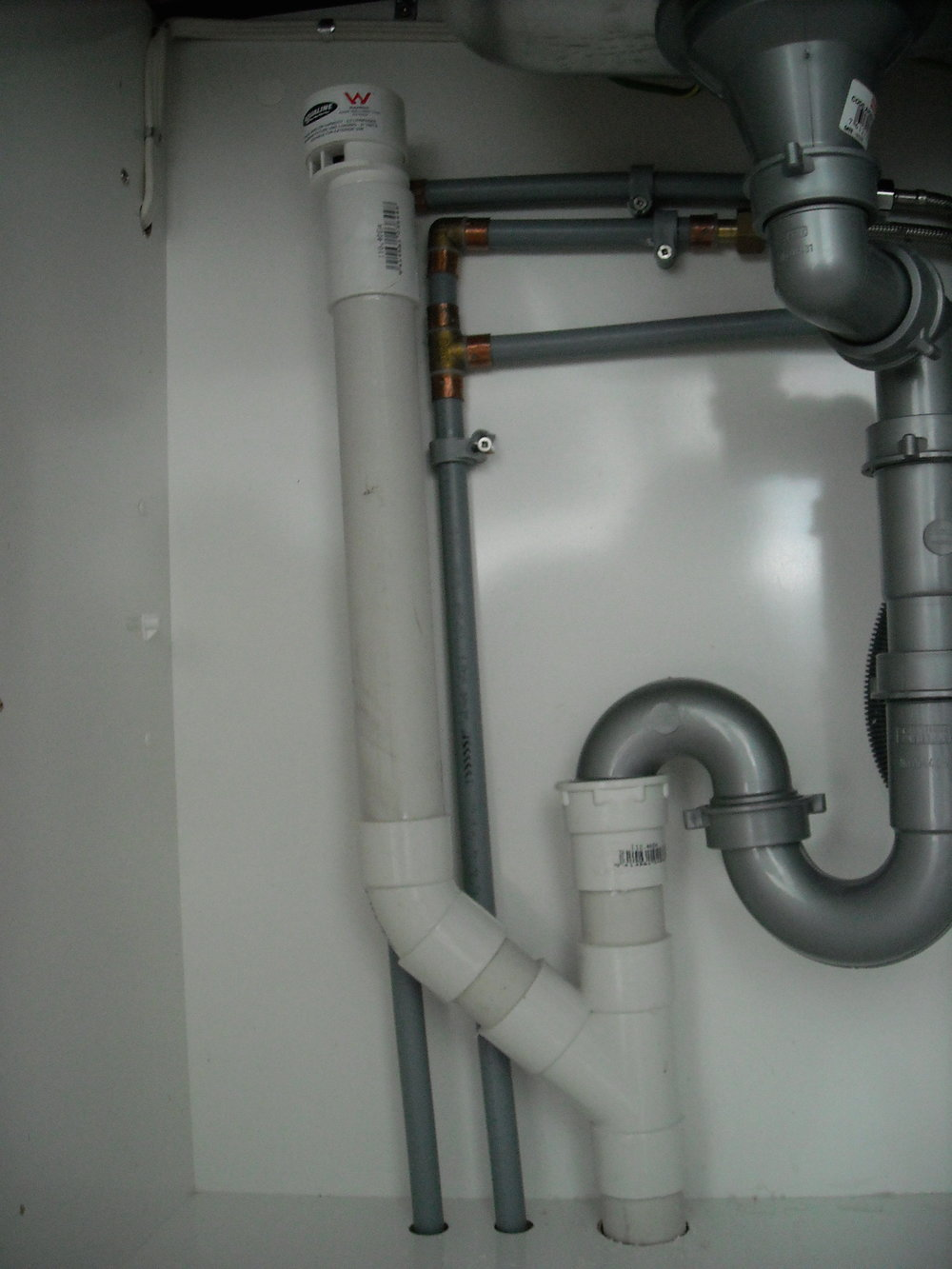 Commerical pipes 002.JPG