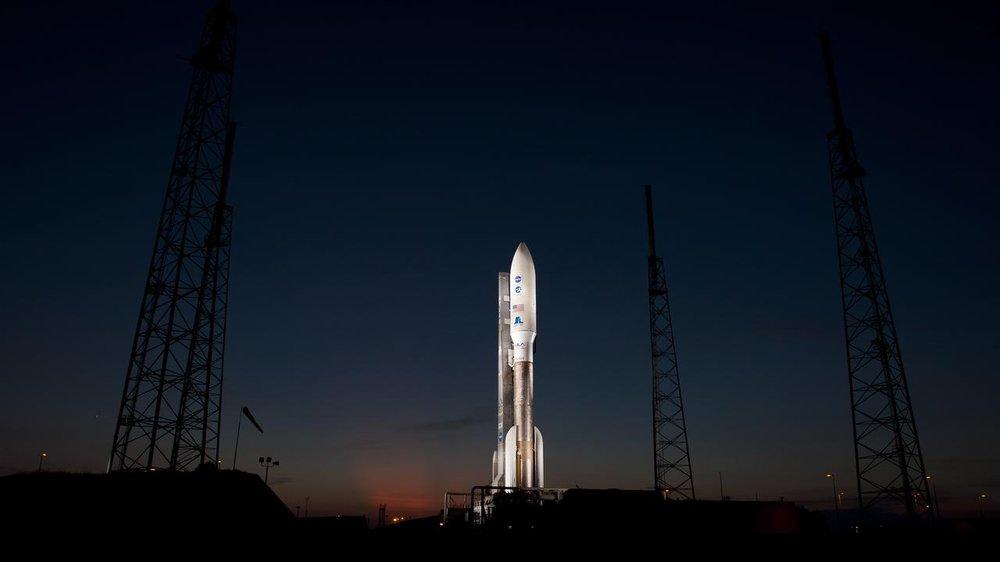 small atlas v on pad at night.jpg
