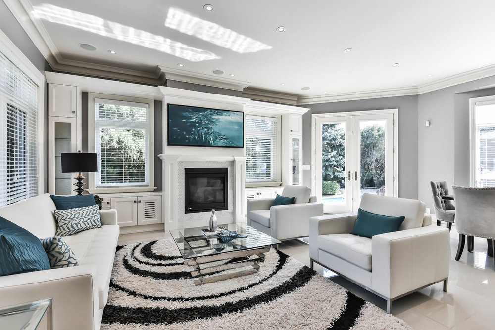 PHOTO PACKAGE - Interior & Exterior ShotsHigh Resolution Still ImagesYoutube Slideshow VideoLocal MapPhotos are ready to upload to MLSFacebook, Tweeter, Pinterest, WeChat SharingCAD 125 + tax (less than 3000 sq ft)