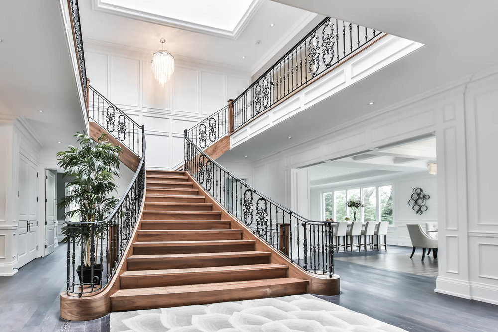 PHOTO & VIDEO PACKAGE - Interior & Exterior ShotsHigh Resolution Still ImagesHD Video TourVideo uploaded to YoutubeLocal MapPhotos are ready to upload to MLSFacebook, Tweeter, Pinterest, WeChat SharingCAD 180 + tax (less than 3000 sq ft)PREMIUM WALKTHROUGH TOUR + CAD70
